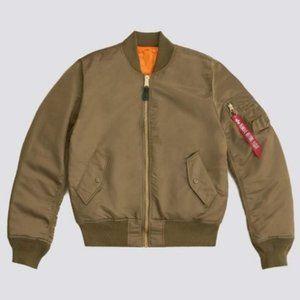 NWT ALPHA INDUSTRIES MA-1 Slim Fit Bomber Jacket M